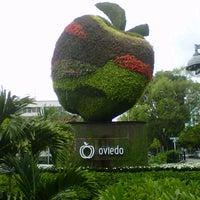 Foto tomada en Centro Comercial Oviedo por Diego B. el 8/13/2012