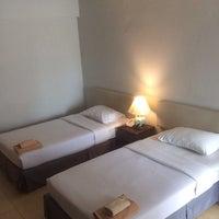 Photo taken at Makkasan Inn Hotel by Both M. on 10/26/2014