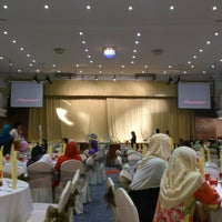 Photo taken at Dewan Gemilang, Yayasan Felda @ Kelana Jaya by ShaZ N. on 9/16/2012