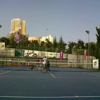 Photo taken at Hillside City Club Tennis Court by Belguzar Seren T. on 8/14/2013