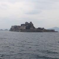 Photo taken at Hashima / Gunkanjima Island by 📍🌏 ぴゅ↪︎ん 🌎📍 ﹆. on 11/4/2012