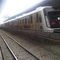 Photo taken at Stasiun Medan by Ali S h. on 3/21/2013