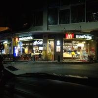 Photo taken at McDonald's & McCafé by Pong on 11/15/2012