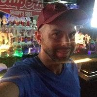 Photo taken at Scalpers Bar & Grille by Joel B. on 6/4/2016