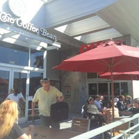 Photo taken at The Coffee Bean & Tea Leaf by Khaled on 9/23/2013