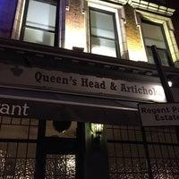 Photo taken at The Queen's Head & Artichoke by Екатерина К. on 9/21/2015