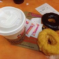 Photo taken at Dunkin' Donuts by Pietro Ezio Z. on 8/22/2014