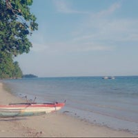 Photo taken at Pantai Natsepa by Mahar N. on 12/2/2015
