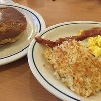 Photo taken at IHOP by Laura L. on 11/17/2014