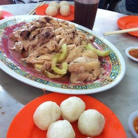 Photo taken at Famosa Chicken Rice Ball by NonoZz H. on 1/28/2013