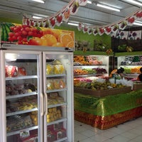 Photo taken at Moena Fresh by Gungde S. on 4/28/2014