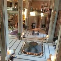 Photo taken at Siam Kempinski Hotel Bangkok by CєρΘ® ◇◇ .. on 1/18/2013