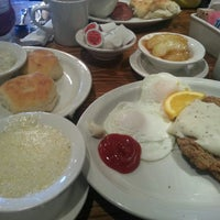 Photo taken at Cracker Barrel Old Country Store by JH K. on 2/15/2014