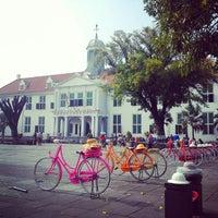 Photo taken at Museum Sejarah Jakarta (Museum Fatahillah) by Dkayy S. on 8/31/2013