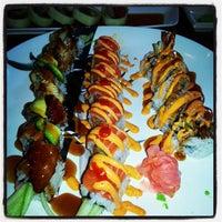 Photo taken at Sushi.com by Miss Lori on 6/1/2013