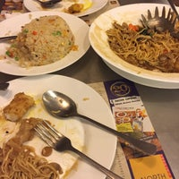 Photo taken at North Park Noodles by Paulieastridge on 10/8/2016