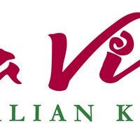 Photo taken at Papa Vino's Italian Kitchen by foodjunky on 12/30/2013