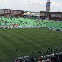 Photo taken at Territorio Santos Modelo Estadio by Gustavo D. on 8/14/2016