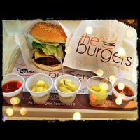 Photo taken at The Burgers On The Table by Kamilla F. on 10/18/2012