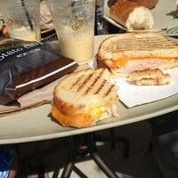 Das Foto wurde bei Panera Bread von Kelsey O. am 9/15/2013 aufgenommen