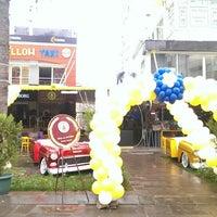 Photo taken at Big Yellow Taxi Benzin by Mehmet Ç. on 11/22/2013