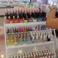 Photo taken at Etude House by woonsen d. on 10/2/2012