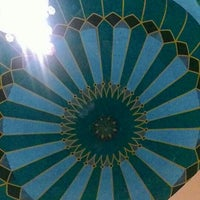 Photo taken at Masjid Agung Al Karomah Martapura by Heru T. on 7/10/2015