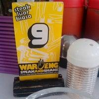 Photo taken at Waroeng Steak & Shake by Dhony N. on 7/18/2014