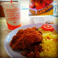 Photo taken at Radix Fried Chicken by Faizar A. on 10/7/2012