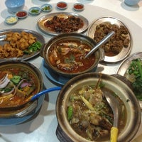 Photo taken at Boon Seng Restaurant by Chantal y. on 9/10/2013