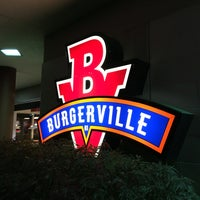 Photo taken at Burgerville, USA by Gillian W. on 5/10/2016