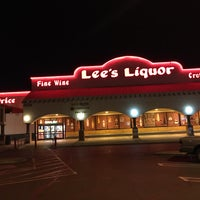 Photo taken at Lee's Discount Liquor by Gillian W. on 2/6/2016