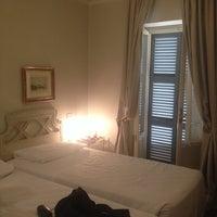 Foto scattata a Hotel Alexandra da Галина Е. il 4/20/2014