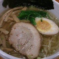 Photo taken at Ramen Yamadaya by Tac S. on 11/4/2012