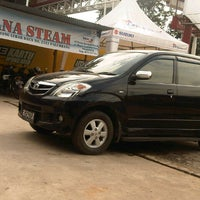 Photo taken at Istana Steam Car Wash by alqadri m. on 1/21/2013