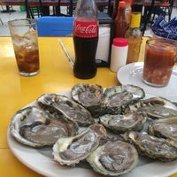 Photo taken at Mariscos Romulos by Ernesto A. on 9/27/2014