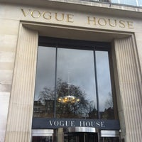 Photo taken at Vogue House by Lili . on 2/11/2014