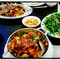 Photo taken at Taiwanese Specialties 老華西街台菜館 by Rita L. on 2/26/2013