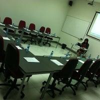 9/15/2012にCarmen U.がCámara de Comercio e Industriaで撮った写真