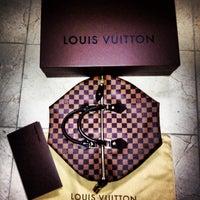 Photo taken at Louis Vuitton Farmington Westfarms by Olesya D. on 12/8/2013