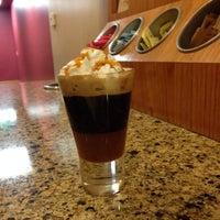 Photo taken at The Coffee Bean & Tea Leaf® by Alorefan A. on 12/30/2014