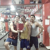 Photo taken at Muscle Mania Fitness Gym by Lord-Michael A. on 10/30/2013