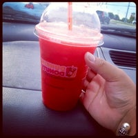 Photo taken at Dunkin' Donuts by Jacklyn G. on 8/8/2012