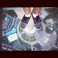 Photo taken at Oriental Pearl Tower by Pich C. on 8/19/2012