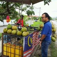 Photo taken at Air Kelapa Stall Tmn Meranti Jaya by Bart S. on 2/11/2012
