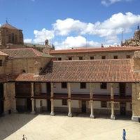 Photo taken at Enforex Salamanca by Arianna S. on 4/13/2012