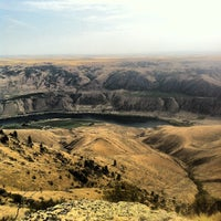 Photo taken at Chelan Butte Viewpoint by brad n. on 9/8/2012