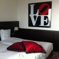 Photo taken at Van der Valk Hotel Den Haag - Nootdorp by Myrthe V. on 2/19/2012