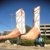 Photo taken at World's Largest Cowboy Boots by D. Blake W. on 3/24/2016