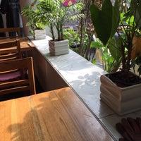 Photo taken at 葡萄院儿 Vineyard Cafe by King W. on 2/28/2016